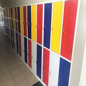 Školski garderobni ormarići :: Isporuka više od 1000 ormarića